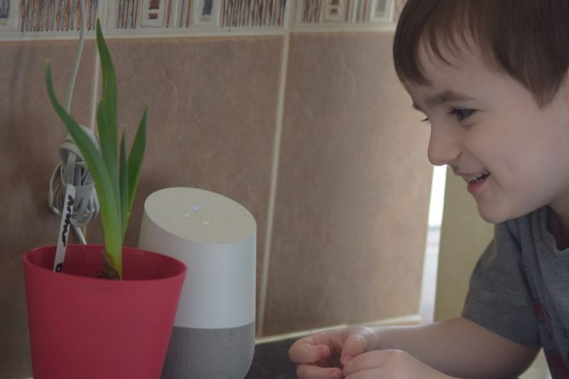 How a smart home is a safer home – Google Home