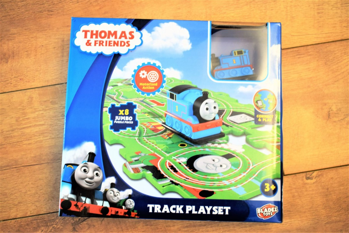 The packaging - Thomas & Friends Track Playset
